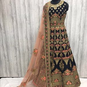 Other - Beautiful Indian outfit in navy